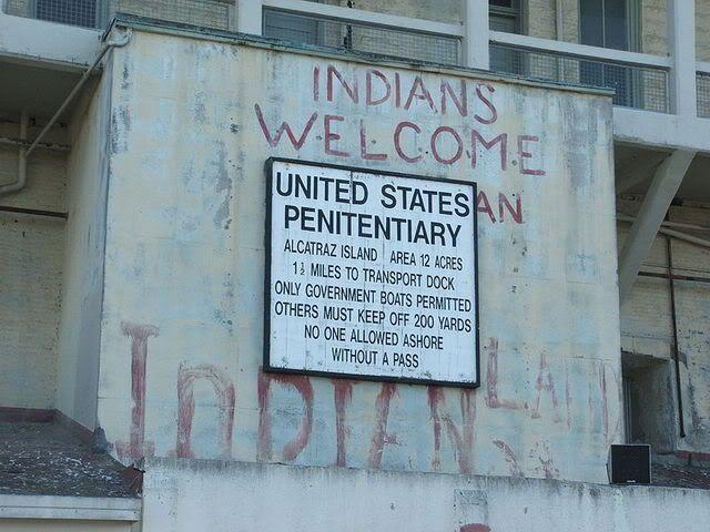 Alcatraz_Island_01_Prison_sign