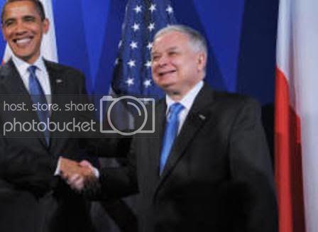 Obama-and-Lech-Kaczynski-shake-hand