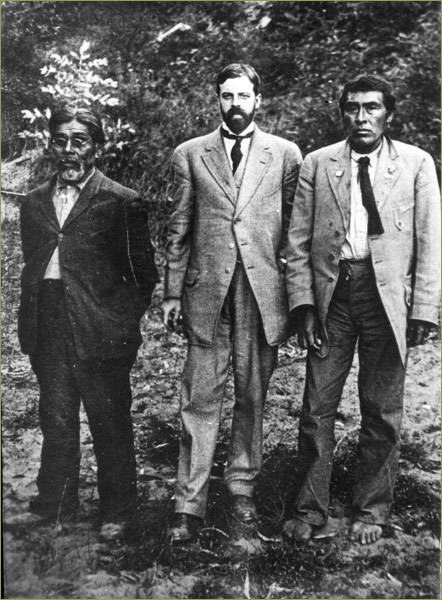 Yahi translator Sam Batwai, Alfred L. Kroeber, and Ishi, photographed at Parnassus in 1911.